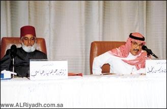 د. رحيم يار عباسي يحاضر عن الامارة العباسية في بهاولبور